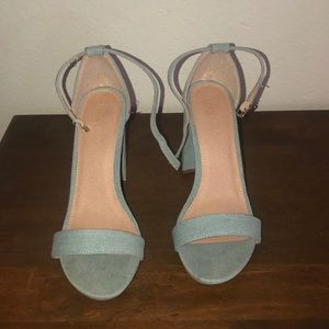 shoelala Shoes - Blue heels size 10